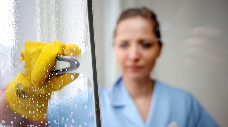IGBAU - Mehr Geld für Reinigungskräfte
