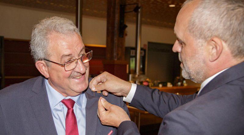 höchste Auszeichnung der Handwerkskammer Südwestfalen für Helmut Kleinehr