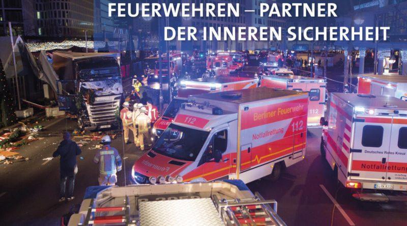 Titelbild Feuerwehr Jahrbuch 2017