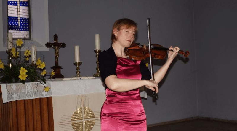 Anne-Claudia Renz